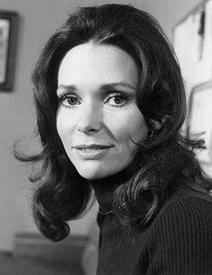 Susan Strasberg - Strasberg's 1973 promotional image for Mannix