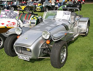 Caterham 7 - Image: 1982 Caterham 7 Silver Jubilee edition Flickr exfordy