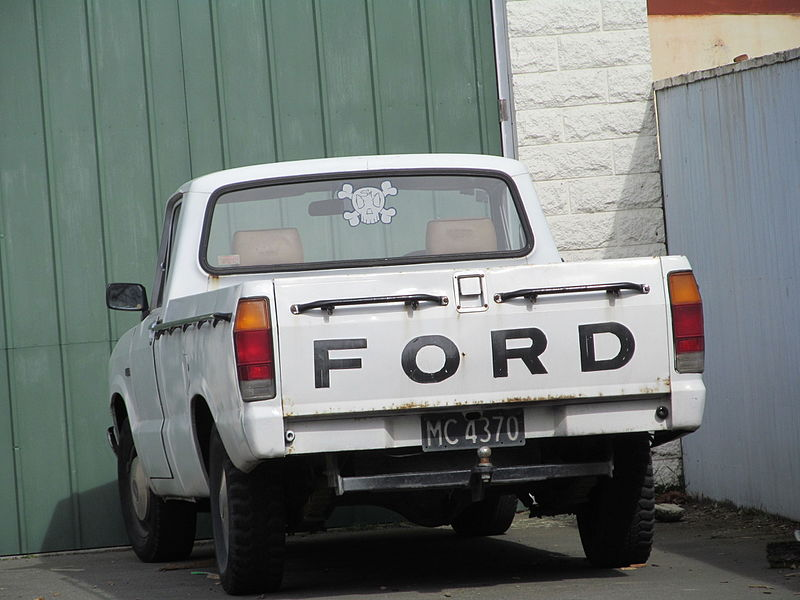 1985 Ford Courier (21642513989).jpg