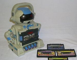 2-XL - The 2-XL version with its cassette tapes distributed by Tiger Electronics in 1992