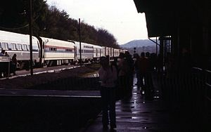 Three Rivers (train) - The Three Rivers at Lewistown in 2002.