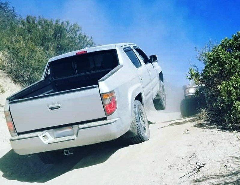 Honda Ridgeline Eanswers Trailer Wiring Harness Further 2006 A Us Rtl Ascending Steep Sandy Path Near The San Jacinto Ridge Truck Trail In Southern California