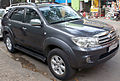 2008-2010 Toyota Fortuner, first generation, front view.jpg