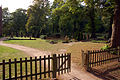 2009-08-31-klosterfriedhof-chorin-by-RalfR-04.jpg