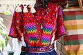 2010.05.12.115023 Blusa mercado artesanías Guatemala City.jpg
