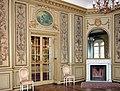 20120306150DR Waldenburg Schloß klassizistisches Zimmer.jpg