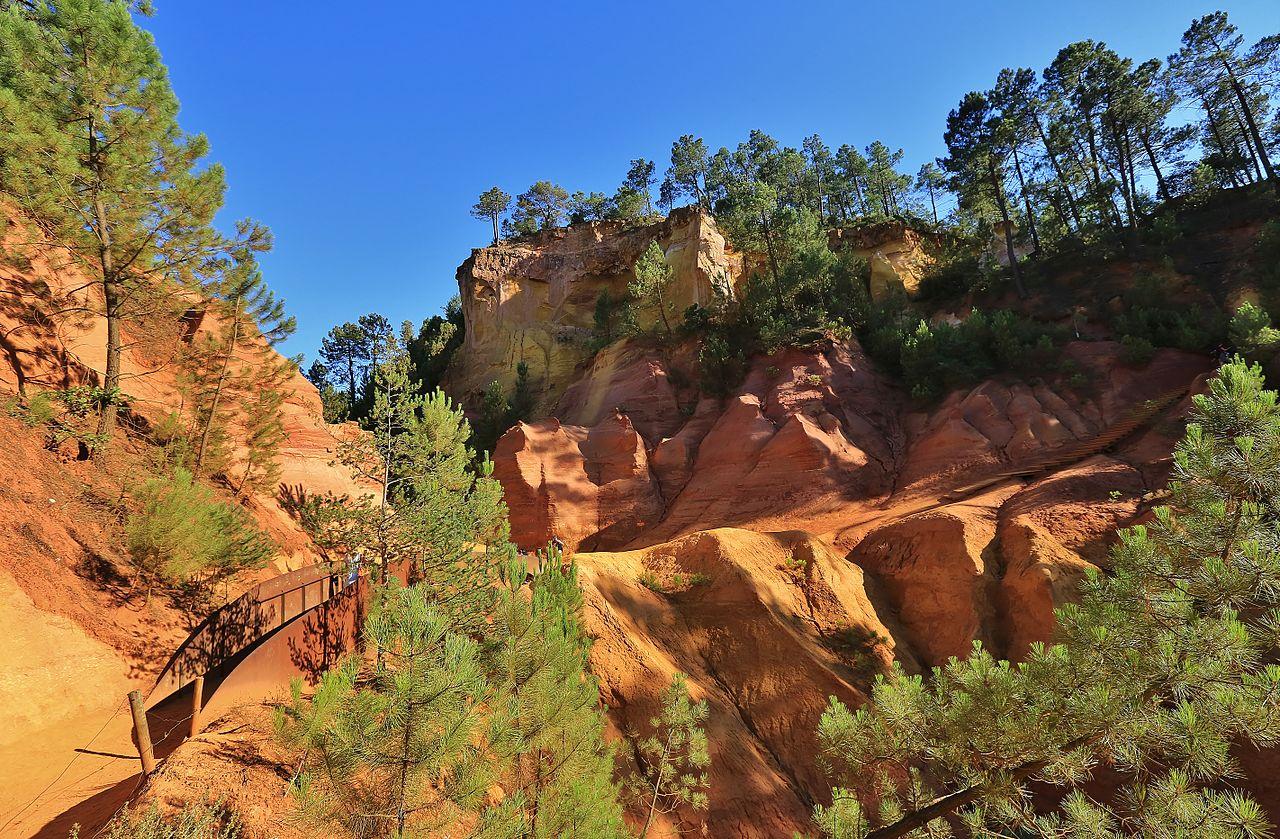 Formasi geologi dekat Roussillon, Vaucluse
