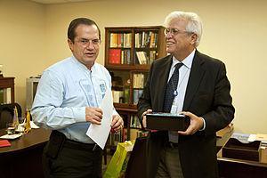 Joan Clos - Clos meeting with Ecuadorian Foreign Minister Ricardo Patiño at the UN in New York City (September 2013)