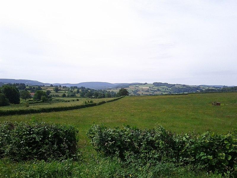 89630 Quarré-les-Tombes, France