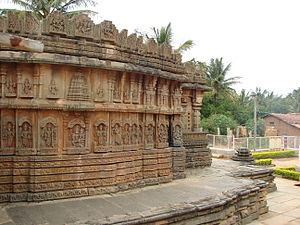 Chennakeshava Temple, Aralaguppe - Chennakeshava temple at Aralaguppe, mantapa outer wall molding frieze and panel relief between and below eves