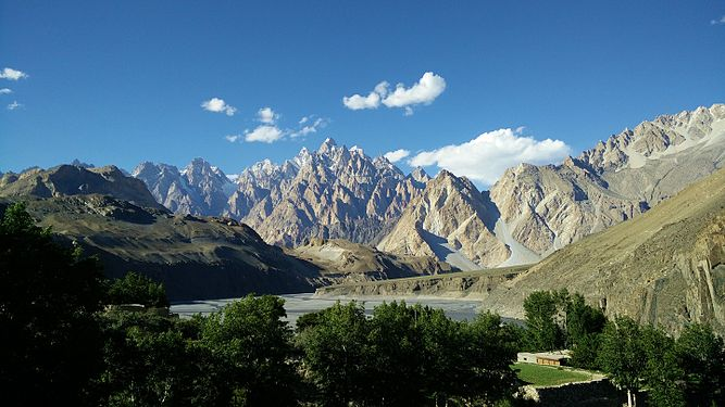A splendid view of Karakoram.jpg