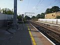 Acton Central stn look south3.JPG