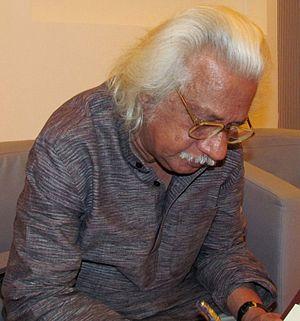 Adoor Gopalakrishnan - Malayalm cinema director Adoor Ghopalakrishnan while attending Sharjah Book Fair 2013 programme