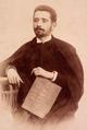 Afonso Costa, por ocasião da sua licenciatura em Direito, na Universidade de Coimbra (c. 1894).png
