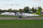 Air Baltic, YL-BBV, Bombardier Dash 8-402Q (16456161625) (2).jpg