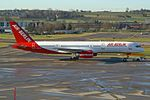 Air Berlin (Belair) Boeing 757-2G5 HB-IHR (21645444258).jpg