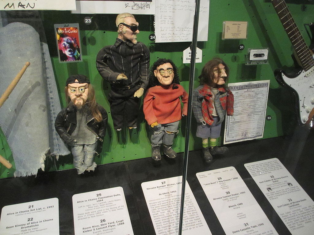 Alice in Chains dolls