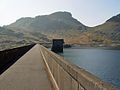 Along the Dam, Llyn Stwlan - geograph.org.uk - 1041881.jpg