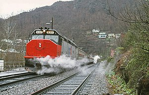 Amtrak Mountaineer arriving at Welch station, March 1975.jpg
