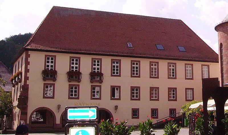 File:Annweiler Rathaus.JPG