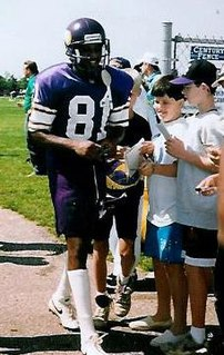 Anthony Carter (American football)