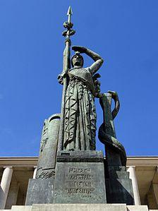 Antoine Bourdelle, ca.1922, Monument La France, H. 9 m, bronze, Hohwiller founder, erected 18 June 1948, Palais de Tokyo, Paris