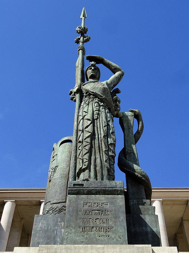 Émile Antoine Bourdelle 640px-Antoine_Bourdelle%2C_ca.1922%2C_Monument_La_France%2C_H._9_m%2C_bronze%2C_Hohwiller_founder%2C_erected_18_June_1948%2C_Palais_de_Tokyo%2C_Paris