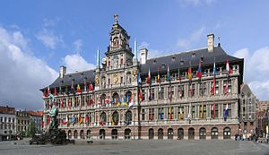 Antwerp City Hall - Image: Antwerpen Stadhuis crop 1 2006 05 28