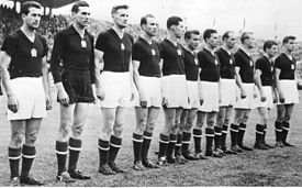 Hungría del 54 - Formación antes del partido con Uruguay:  De izquierda a derecha: Bozsik, Grosics, Lóránt, Hidegkuti, Palotás, Budai II., Zakariás, Buzánszky, Lantos, Czibor, Kocsis.