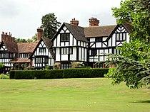 Ascott House Wing Geograph-2645403-by-Paul-Shreeve.jpg