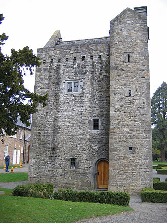 Ashtown, Dublin - Ashtown Castle, although named after the townland, actually lies in Phoenix Park to the south
