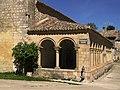 Atrio porticado - Nuestra Señora de los Llanos (Yela)........en un lugar de flickr (18904585820).jpg