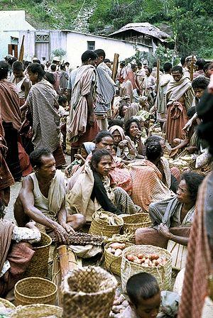 Kemak people - Image: Atsabe o bazar 3