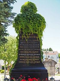 Auer von Welsbach family grave, Vienna, 2017.jpg
