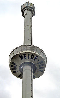 Aussichtsturm im Heide-Park.jpg