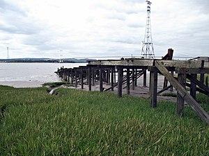 Aust Ferry landing.jpg