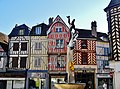 Auxerre Place Charles Lepere 10.jpg