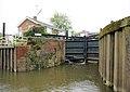 Avon Lock, Tewkesbury - geograph.org.uk - 1352302.jpg