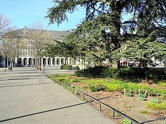Bürkliplatz, Zürich - Stadthausanlage next to the Bürkliplatz