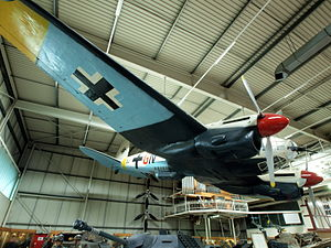 B.2I-82 (5J+GN) Heinkel He.111E pic4.2I-083.JPG