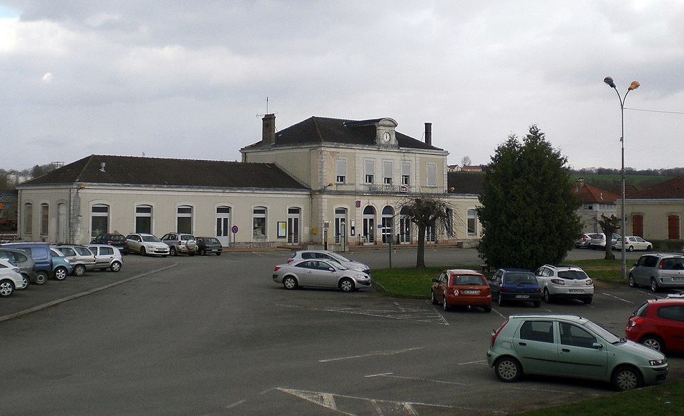 Train station in Langres