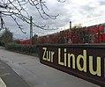 Bahnverkehre mitten durch Angermund.jpg