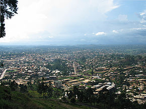 Bamenda from mountain road.jpg