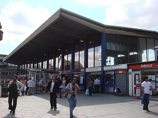 Barking station 1
