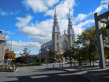 Basilique-cathedrale Notre-Dame d Ottawa - 03.jpg