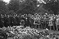 Begrafenis brandweermeester J. Huiskens , omgekomen bij Marbon, Oosterbegraafpla, Bestanddeelnr 924-8152.jpg