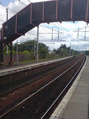 Bellshill railway station - Image: Bellshill railway station in 2008