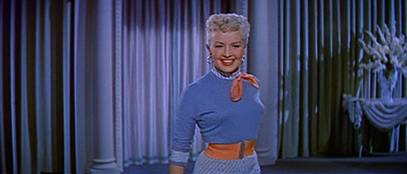 File:Betty Grable in How to Marry a Millionaire trailer 2.jpg