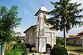 Biserica Sf Imparati Hermeziu 02.JPG