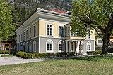 Bleiberg-Noetsch 2 ehem Gewerkenhaus Theresienhof S-Seite mit Veranda 29042015 2911.jpg